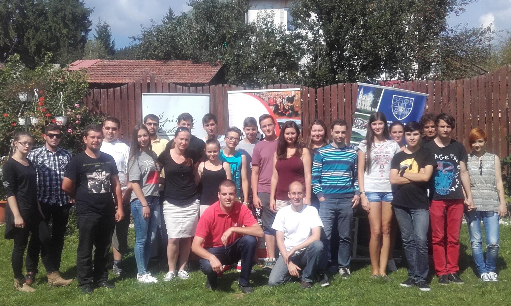 Önkéntes és Kommunikációs Tábor